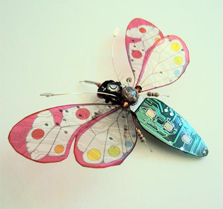今にも動き出しそう!ちょっとリアルな電子部品でできた昆虫!!の画像(6枚目)