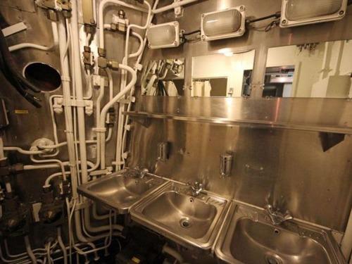 原子力潜水艦の内部の画像(32枚目)