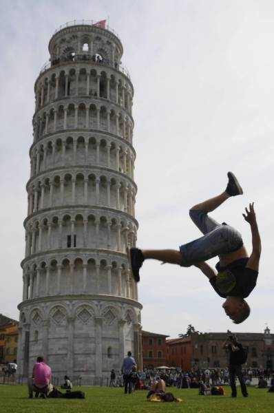 ピサの斜塔の記念撮影の画像(25枚目)