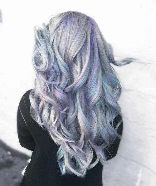 虹のような髪の毛の女の子の画像(13枚目)