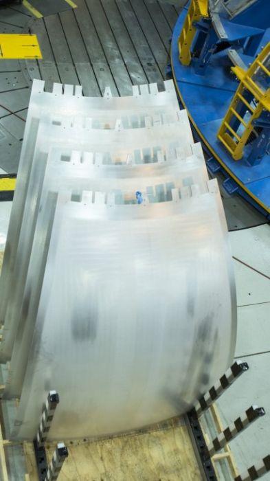 スペースシャトルの燃料タンクの画像(9枚目)