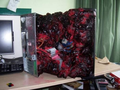 恐ろしいパソコンの中身の画像(12枚目)