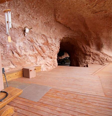 洞窟を利用した家の画像(2枚目)