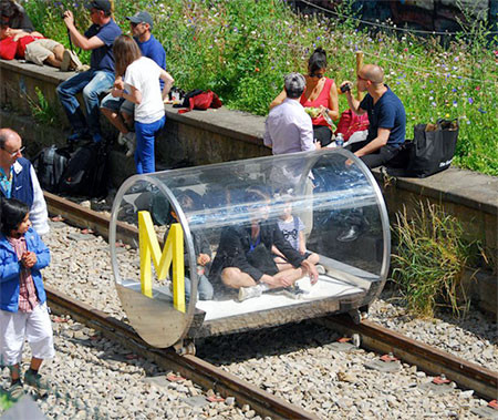 一人乗りの電車の画像(3枚目)