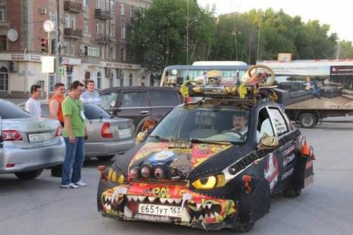 【画像】とりあえず目を引く!かっこ良かったり悪かったりする自動車のカスタム!!の画像(17枚目)