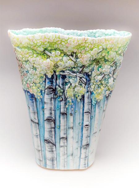 美しい森に見える壺やお皿04
