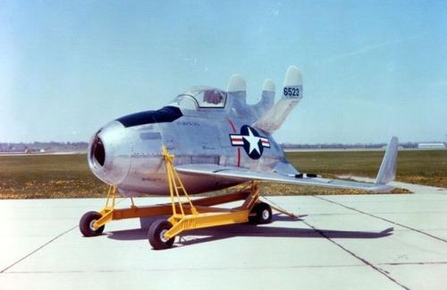 飛ぶのが不思議!面白い形の飛行機の画像の数々!!の画像(16枚目)