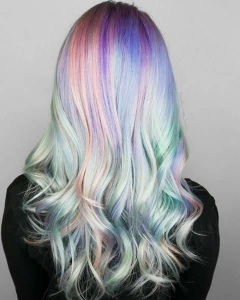 虹のような髪の毛の女の子の画像(21枚目)