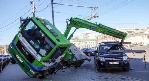 どうしてそうなった?何だか凄まじい事になっている自動車事故の画像の数々!の画像(13枚目)