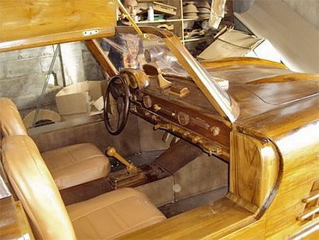 木製のメルセデス・ベンツ07