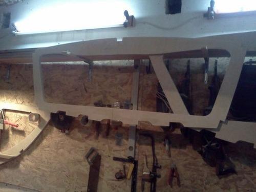 木製のボートの画像(3枚目)