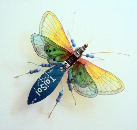 今にも動き出しそう!ちょっとリアルな電子部品でできた昆虫!!の画像(3枚目)