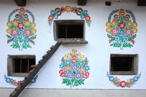 お花がプリントしてある可愛い家の画像(16枚目)