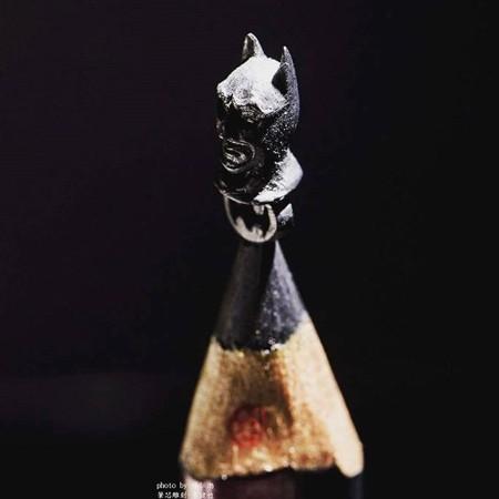 鉛筆の芯の彫刻08