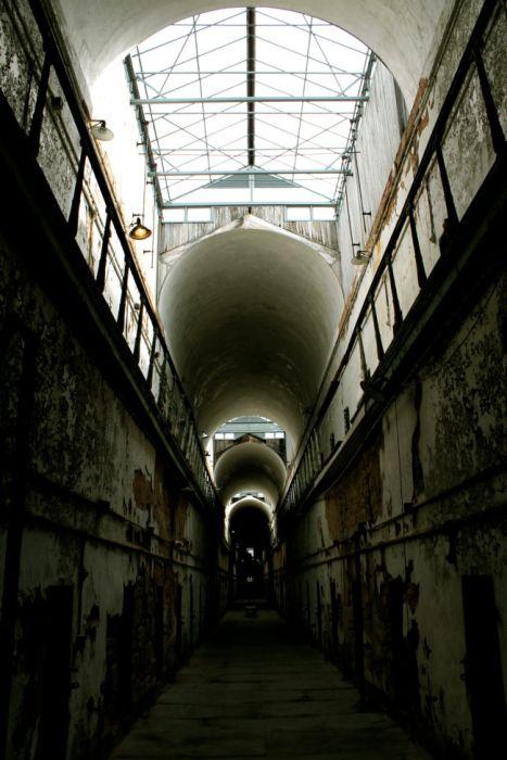 【画像】ペンシルバニアの州立刑務所が不気味で美しい…の画像(16枚目)
