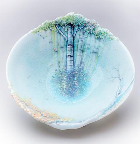 美しい森に見える壺やお皿02