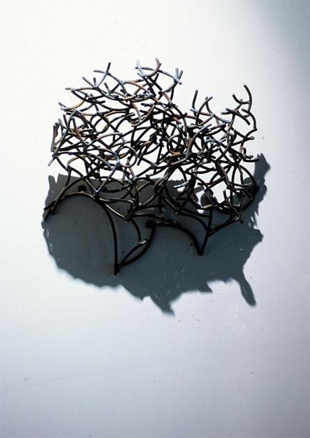 【画像】針金クネクネ!針金の影を使ったアートが凄い!!の画像(8枚目)