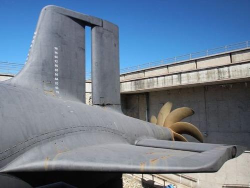 原子力潜水艦の内部の画像(2枚目)