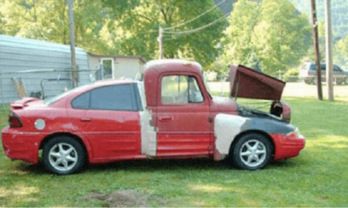 【画像】修理方法が驚異的に雑すぎて、凄いことになってる自動車の数々!!の画像(1枚目)