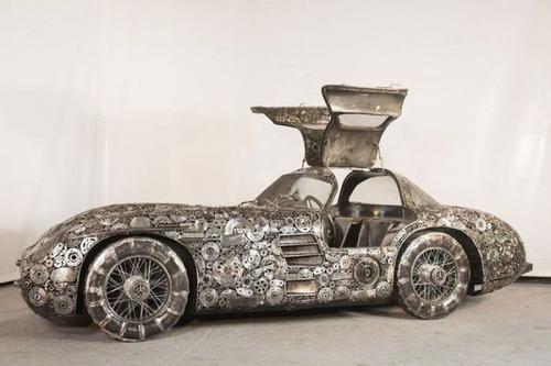 世界の名車のチールアートの画像(8枚目)
