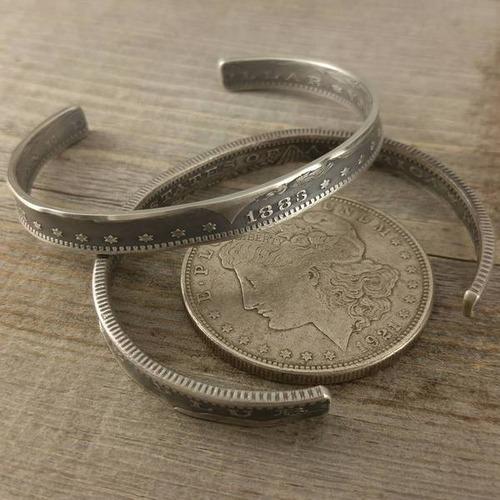 昔のコインを加工したアクセサリの画像(10枚目)