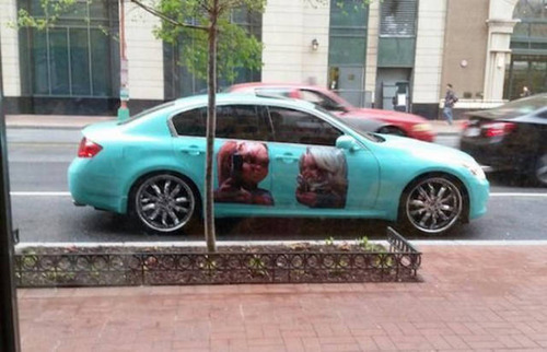 【画像】とりあえず目を引く!かっこ良かったり悪かったりする自動車のカスタム!!の画像(2枚目)
