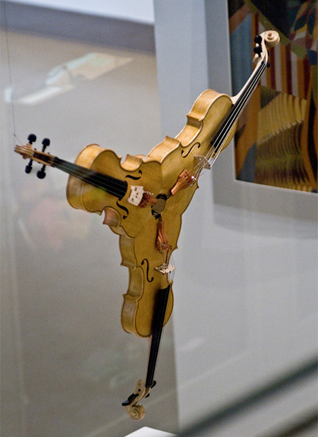 3人同時に弾けるバイオリン!これなら喧嘩にならない!!の画像(2枚目)