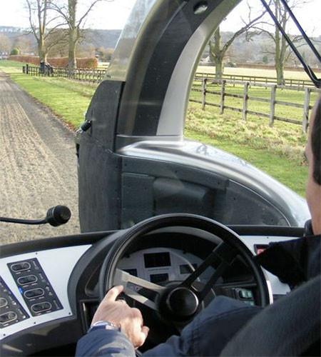 馬の力を利用した自動車の画像(4枚目)