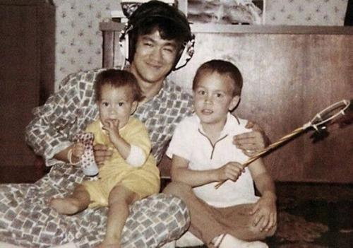 ブルース・リーの幸せそうな私生活の画像の数々!!の画像(8枚目)