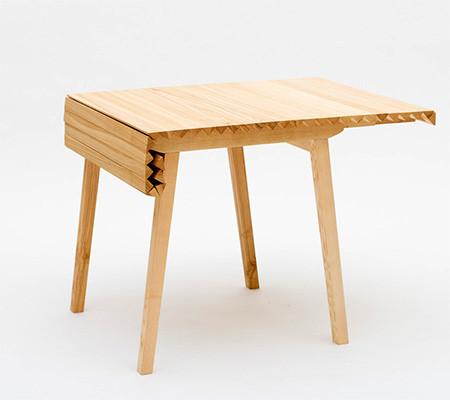 長さ調節自在な木製の机03