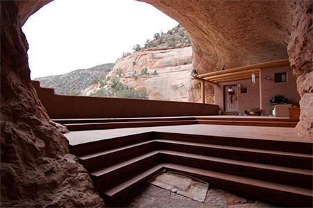 洞窟を利用した家の画像(3枚目)
