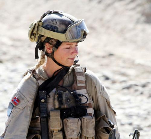 (美人が多目)働く兵隊の女の子の画像の数々!の画像(10枚目)