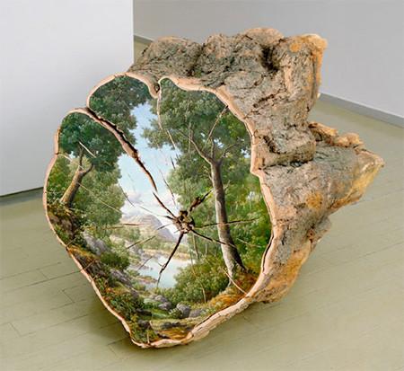 木の年輪に描かれた絵02