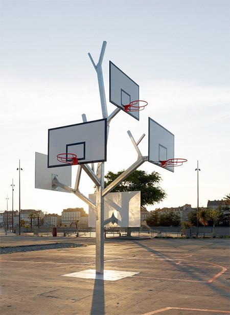 バスケットゴールの木02