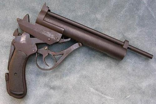 残念な改造をされた拳銃の画像(12枚目)