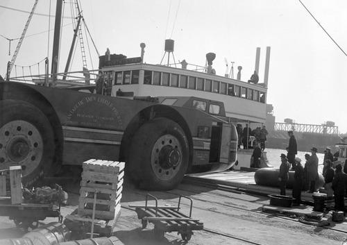 【画像】ずっと昔に作られた南極探索用の自動車がなんだか凄い!の画像(10枚目)
