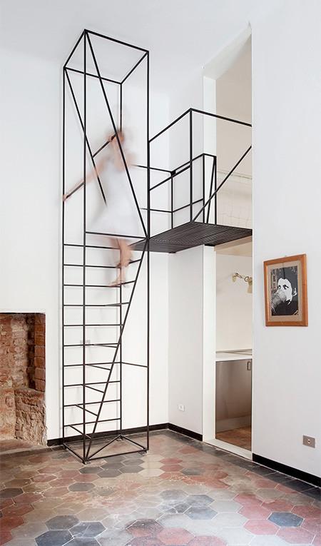 ワイヤフレームのような階段02