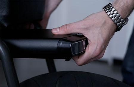 【画像】気分はアウトロー!バイクのように乗れる電動自転車!!の画像(7枚目)