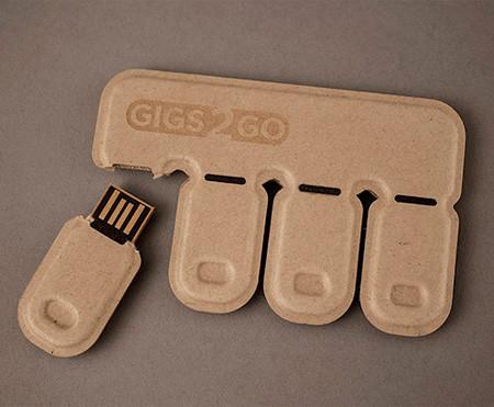 パキッと折って使えるUSBメモリ02