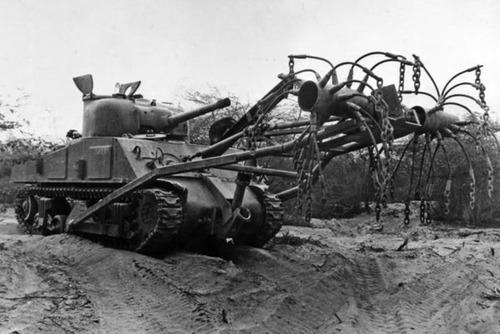 撤去は大変…昔の地雷処理戦車の画像の数々!!の画像(17枚目)