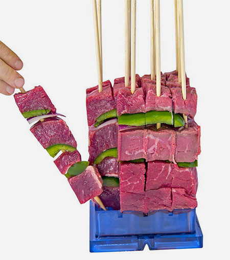 バーベキューの串焼き肉の画像(6枚目)