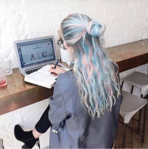 虹のような髪の毛の女の子の画像(25枚目)