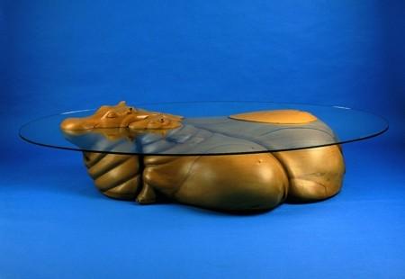 水辺に浮かぶ生物達のテーブル09