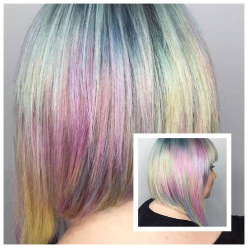 虹のような髪の毛の女の子の画像(8枚目)