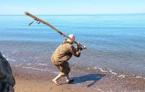 カオスなところで釣りをしている人達の画像(51枚目)