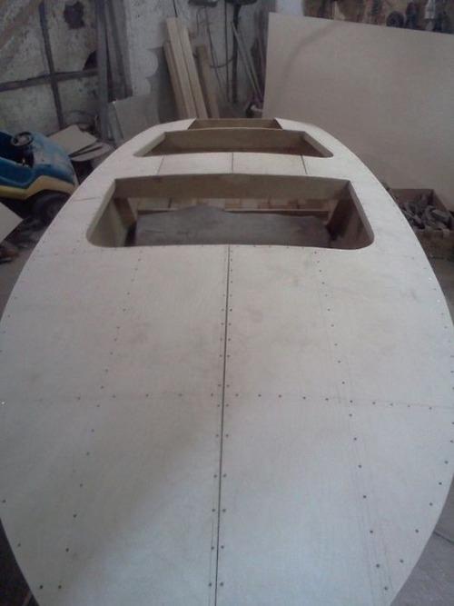 木製のボートの画像(12枚目)