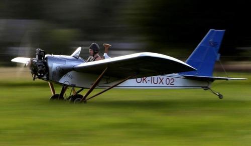自作の飛行機で会社に通勤の画像(5枚目)