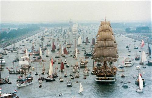 アムステルダムの帆船のフェスティバルが凄い!!の画像(3枚目)