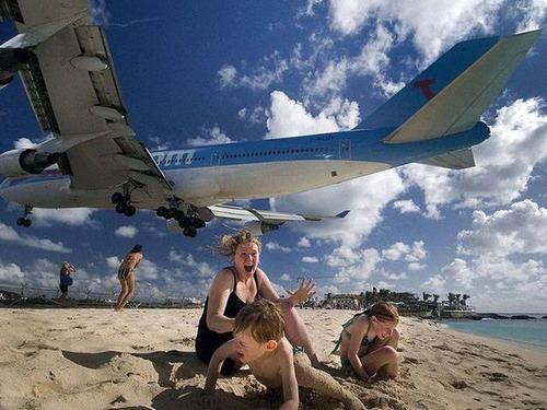 驚きの航空機の画像(1枚目)