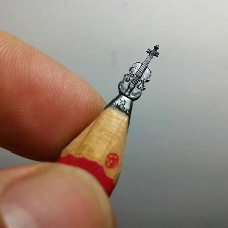 鉛筆の芯の彫刻17